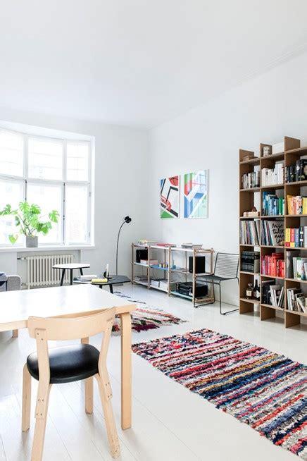 Wohnzimmer Mit Finnischen Und Dänischen Einflüssen