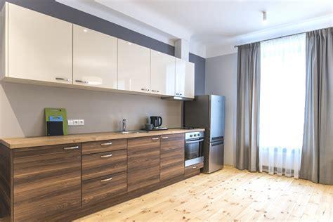 Virtuves mēbeles īres projektiem - Virtuves.lv