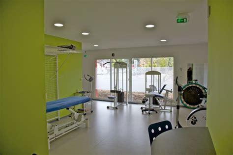 cabinet de kine avec piscine silvea architecture environnement 067 cabinet de kin 233 sith 233 rapie jean 31
