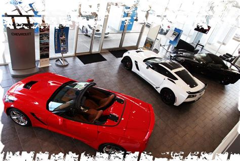 About Ross Downing Corvettes  Why Buy Your Corvette From Us?