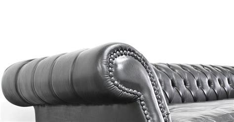 entretenir canapé en cuir comment entretenir un canapé en cuir magazine avantages