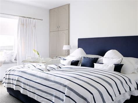 Navy Blue And White Bedroom by Navy Blue And White Bedroom Navy Blue Bedroom Navy And