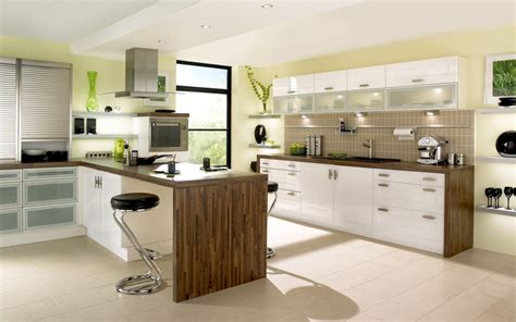 Built In Kitchens : Ideas For Exquisite Built-in Kitchen Tables