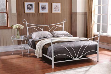 Hammer White Finish Metal Twin Size Bed, Headboard