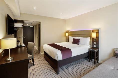 premier inn london hayes heathrow hyde park hotel