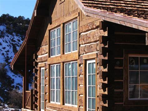 dovetail stacks flat log  chinking cabin log homes architecture design