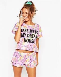 Pyjama Party Outfit : asos dream house photographic oversized tee short pyjama set style pinterest pyjama sets ~ Eleganceandgraceweddings.com Haus und Dekorationen
