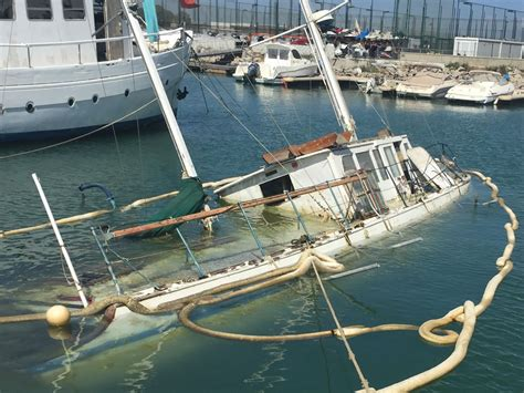 Salvage Boats For Sale by Salvage Boats Related Keywords Salvage Boats