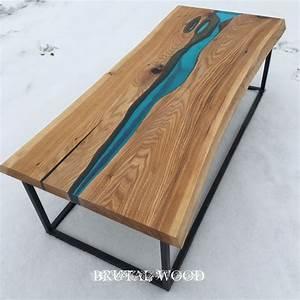 Table En Bois Et Resine : river table epoxy table table river table pinterest r sine rampe escalier et resine epoxy ~ Dode.kayakingforconservation.com Idées de Décoration