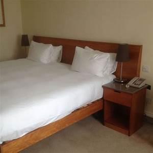 secondhand hotel furniture hotel bedroom sets heritage With bedroom furniture sets for sale uk