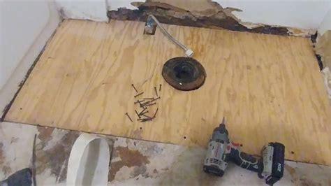 Repair Bathroom Floor by 120 Best Mobile Home Bathroom Images On