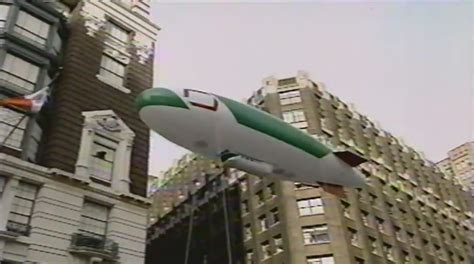 fujifilms blimp macys thanksgiving day parade wiki