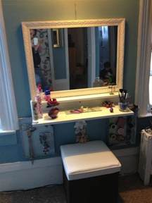 diy vanity make this instead of having the brown vanity