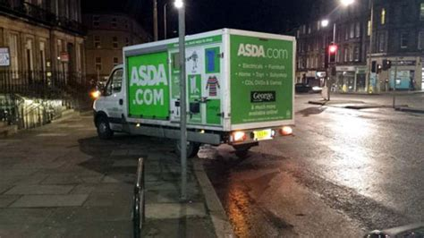 Asda delivery driver parks across pavement - Deadline News