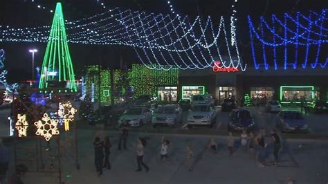fil a waters christmas lights waters ave fil a wows with annual light display