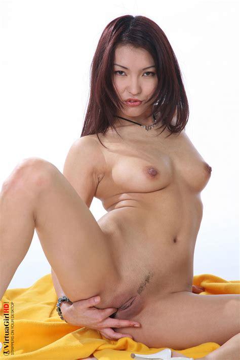 Sexy Asian Girl Dancing