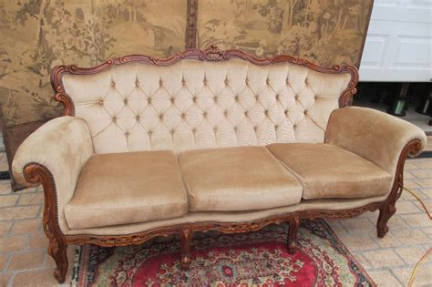 Lounge Settee by Vintage Carved Baroque Louis 3 Seater Chesterfield