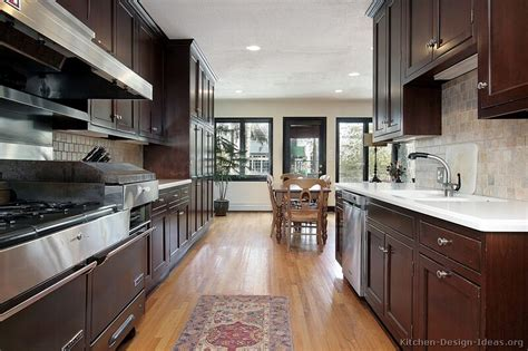 See more ideas about cherry cabinets, kitchen remodel, kitchen cabinets. Pictures of Kitchens - Traditional - Dark Wood Kitchens ...