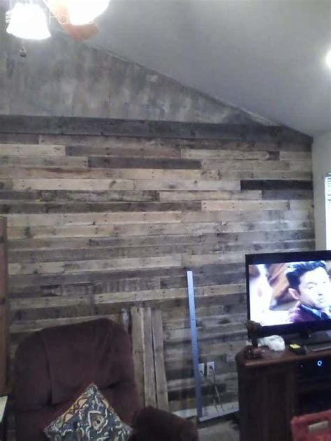 Outstanding Vaulted Ceiling Pallet Wall ? 1001 Pallets