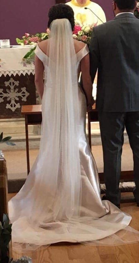 ronald joyce amanda wedding dress matching veil sell