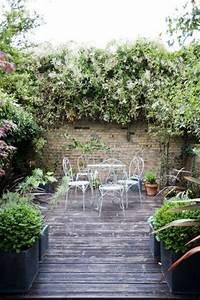 les 25 meilleures idees de la categorie cour interieure With idee amenagement jardin de ville