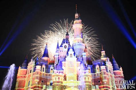 Disney Light Show by Shanghai Disneyland Celebrates Its Anniversary With