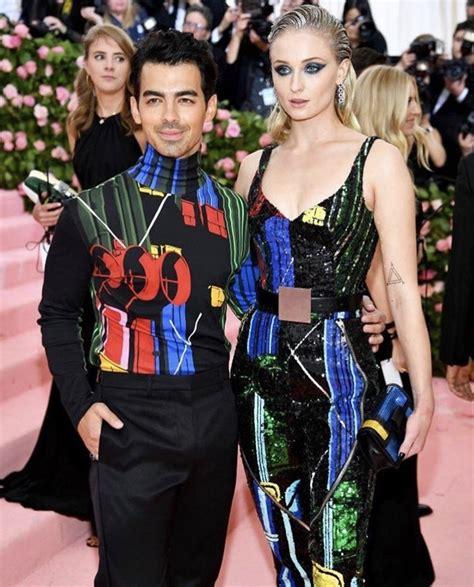 Pin by Mary Giuseffi on G A L A | Fashion, Gala fashion ...