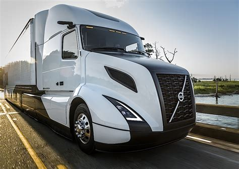 new volvo truck 2016 volvo s supertruck improves freight efficiency by 88