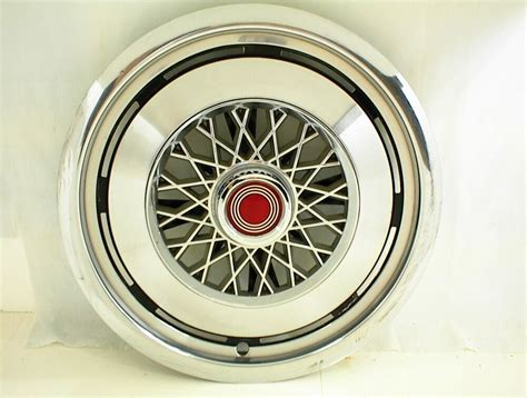 1975 1976 1977 1978 1979 1980 Ford Hubcap 14