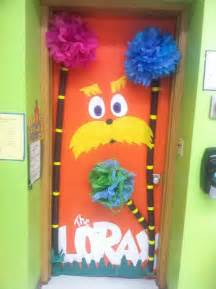 dr seuss door decoration thematic unit read across