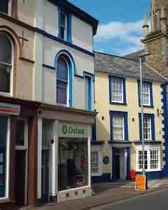 citizens advice bureau ireland shops and a citizens advice bureau at 169 robin stott cc by sa 2 0 geograph britain and ireland