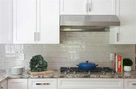 country cottage kitchen tiles country cottage light taupe linear glass mosaic tile 5958