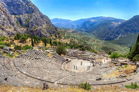 Delfi e la Stereá Elláda, Grecia: guida ai luoghi da ...