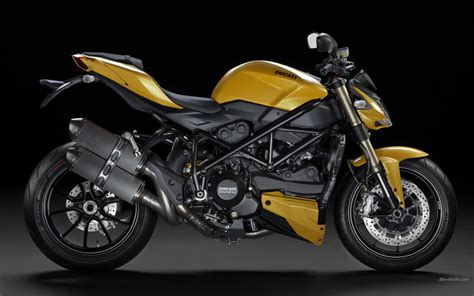 Ducati Image by Ducati Streetfighter 848 Motorcycles Photo 31816598