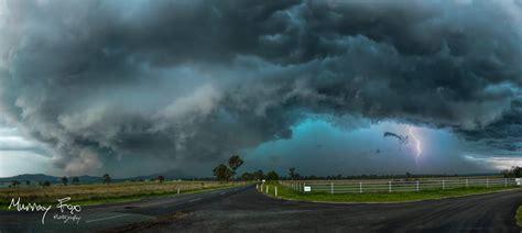terrifying green storm clouds engulf brisbane australia