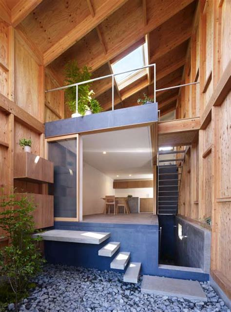 Inside Out House With Inner Garden  Modern House Designs