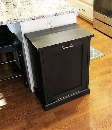 Kitchen Trash Can 9 Inches Wide by Best 25 Trash Bins Ideas On Trash Can