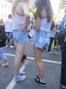 Candid Teen Girls Jean Shorts