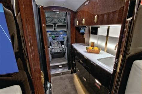 gulfstream  specifications cabin dimensions speed