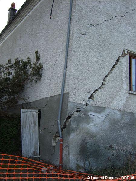 dossier th 233 matique les glissements de terrain dans les