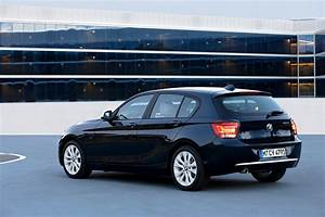 Bmw Serie1 : bmw 1 series f20 specs 2011 2012 2013 2014 2015 autoevolution ~ Gottalentnigeria.com Avis de Voitures