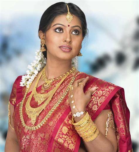 Hot Sneha Actress Cute Latest Free Photos Hd Wallpapers