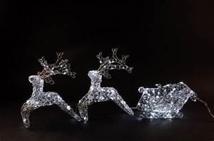 Weihnachtsbeleuchtung Außen Balkon : rentiere mit schlitten weihnachtsbeleuchtung aussen ~ Michelbontemps.com Haus und Dekorationen