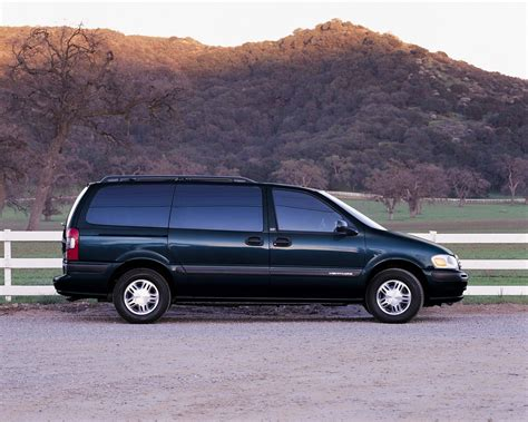Chevrolet Minivans by 2001 Chevrolet Venture Pictures History Value Research