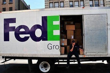 Fedex Ground Driver Description by Fedex Ground Delivery Driver Vehicle Fedex