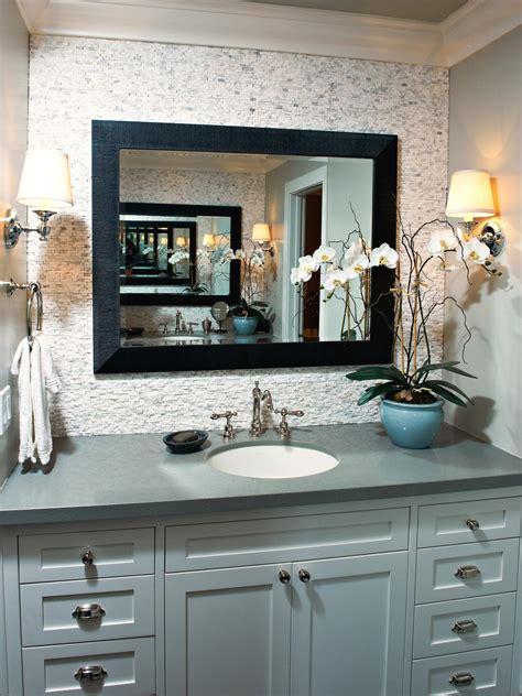 Green Bathroom Backsplash by Serene Single Vanity Bathroom With Neutral Backsplash Hgtv