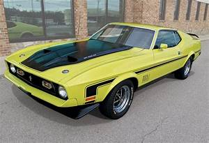 1971 Ford Mustang Mach 1 - American Car Collector