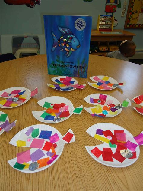 arts and crafts ideas squarehead and craft ideas for teachers rainbow fish 5831