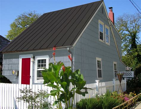 raise the roof update a summer cottage mochi home mochi home
