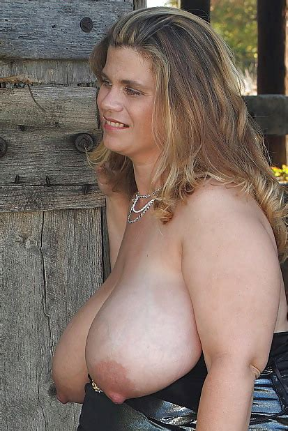 pregnant milf with huge saggy tits by troc 24 pics
